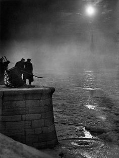 Kozák Lajos - Budapest, 1930. [what is it with these hungarians and their great photography?]