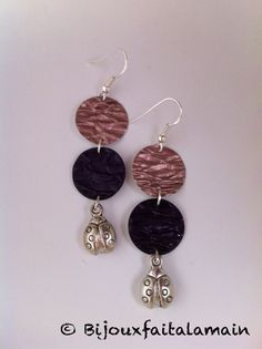 Boucles d'oreilles Nespresso Leather Earrings, Leather Jewelry, Beaded Earrings, Dosette Nespresso, Homemade Jewelry, Bijoux Diy, Leather Fringe, Jewelry Crafts, Jewelery