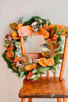 Noel Christmas, Homemade Christmas, Winter Christmas, Christmas Stockings, Christmas Oranges, Xmas, Cottage Christmas, Orange Christmas Tree, Natural Christmas Tree