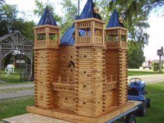 castle birdhouse!
