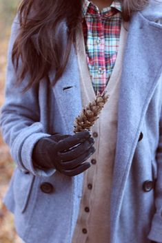 Fall fashion inspiration // plaid + neutral cardigan + grey peacoat + gloves // casual autumn outfit
