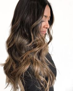 Long Wavy Ash-Brown Balayage - 20 Light Brown Hair Color Ideas for Your New Look - The Trending Hairstyle Brown Hair With Blonde Highlights, Brown Ombre Hair, Brown Hair Balayage, Balayage Brunette, Ombre Hair Color, Light Brown Hair, Brown Hair Colors, Brunette Hair, Hair Highlights