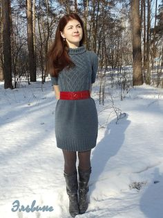 Free knitting pattern for short sleeved dress with cable bodice.