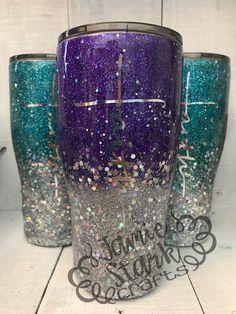 Diy Tumblers, Glitter Tumblers, Glitter Cups, Custom Tumblers, Tumbler Designs, Mug Designs, Crafts To Do, Diy Crafts, Mod Podge Crafts