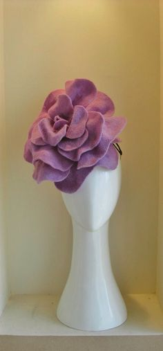 Heirloom rose in lavender. Beautiful wool felt has been hand cut, formed and each petal stitched in place for perfect balance Millinery Hats, Fascinator Hats, Fascinators, Felt Flowers, Fabric Flowers, Races Fashion, Diy Fashion, Crazy Hats, Fancy Hats
