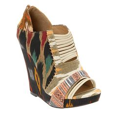 Still obsessed with these shoes, Aldos needs to make more so that I can get them