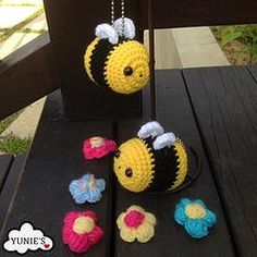FREE Crochet Pattern : Bumble Bee Bumble Bees are so adorable! You can crochet this cute bumble bee amigurumi with this free crochet pattern   #crochet #amigurumi