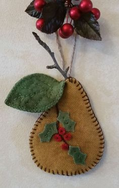 Wool Kit Christmas Pear Ornament kit