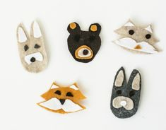 #Craft ideas for Pet Lovers: Keep the Kiddos Entertained This #Holidays with #DIY Felt Animal Pins via @Babble https://www.babble.com/style/diy-felt-animal-pins/