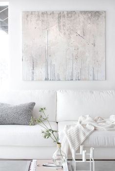 Modern wall art and white decorated living room @pattonmelo