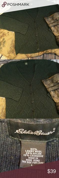 SZ LG EDDIE BAUER DARK GREEN WOOL BLEND CARDIGAN Warm and toasty😳That's what you'll be in this button up cardigan in a beautiful green. Whether sitting around a bond fire or slaving away at the office, you'll be in style.. Eddie Bauer Sweaters Cardigans