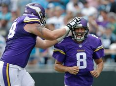 CHARLOTTE, N.C. — Sam Bradford threw a touchdown pass to Kyle Rudolph, Marcus Sherels returned a punt for a score and the Minnesota Vikings snapped