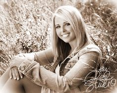 Outside Senior Picture Ideas for Girls | The Red Studio: August 2009