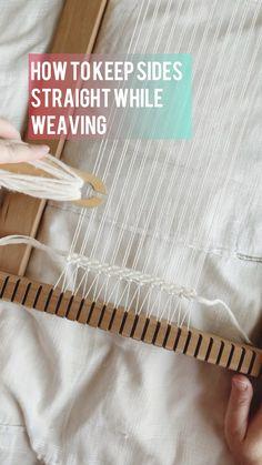 Weaving Loom Diy, Finger Weaving, Inkle Loom, Weaving Art, Tapestry Weaving, Hand Weaving, Weaving Wall Hanging, Weaving Textiles, Weaving Projects
