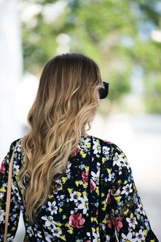 Outfit Inspiration | Floral Dress | Summer Time | Miami Blogger | SIdeSmile Style | Beachy waves http://sidesmilestyle.com/the-perfect-banana-republic-floral-summer-dress/?utm_campaign=coschedule&utm_source=pinterest&utm_medium=SideSmile%20Style&utm_content=There%27s%20No%20Place%20Like%20Home