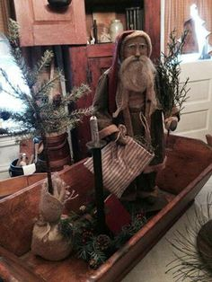 Need a tray like this for my santa collection- TW~♥~ Primitive Christmas Decorating, Primitive Country Christmas, Primitive Santa, Prim Christmas, Simple Christmas, Winter Christmas, Vintage Christmas, Christmas Holidays, Christmas Crafts