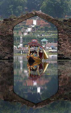 List of top 10 tourist places in srinagar kashmir. Pick from any of these top tourist places in srinagar kashmir providing basic and modern facilities at pocket-friendly price. Srinagar, Beautiful World, Beautiful Places, Places Around The World, Around The Worlds, Kashmir India, Amazing India, Paradise On Earth, Lost Paradise