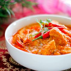 Thai Chicken Red Curry. A simple and delicious thai recipe which tastes well with steamed jasmine rice or egg noodles.