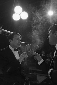 """""""The Judy Garland Show"""" Dean Martin, Frank Sinatra Dean Martin, Golden Age Of Hollywood, Classic Hollywood, Old Hollywood, Hollywood Stars, Joey Bishop, Franck Sinatra, Peter Lawford, People Smoking"""