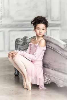 Ballet Kids, Tiny Dancer, Girl Fashion, Fashion Kids, Cute Kids, Pretty In Pink, Marie, Little Girls, Flower Girl Dresses