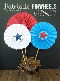 Patriotic Pinwheels!  A really fun and simply DIY for the #4thofJuly #memorialday or any #patriotic holiday!  from @Jackie Gregory Designing {Ashley Phipps}