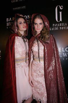 Modelos de Matilde Cano en el desfile de la Pasarela Barcelona Bridal Week 2013. Imagen cedida por BBW.