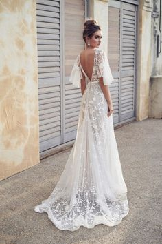 Short Backless Wedding Dress Inspirational Y Backless Beach Boho Lace Wedding Dresses A Line New 2019 Appliques Cheap Half Sleeve Country Holiday Bridal Gowns Real Wedding Dress Chiffon, Wedding Dress Trends, Dream Wedding Dresses, Beaded Wedding Dresses, Open Back Wedding Dress, Lace Wedding Dress With Sleeves, Sleeve Wedding Dresses, Backless Wedding Dresses, Most Beautiful Wedding Dresses