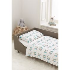 Made of GOTS certified organic cotton muslin and manufactured in an environmentally responsible way, this all-in-one bedding has everything you need to keep tots comfy and cozy—and goes perfect with any room décor.