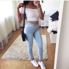 Find and save ideas about topics/street style/ on Women Outfits. Tumblr Outfits, Mode Outfits, Trendy Outfits, Teen Fashion, Fashion Clothes, Fashion Outfits, Fashion Women, Dress Fashion, Fashion Brands