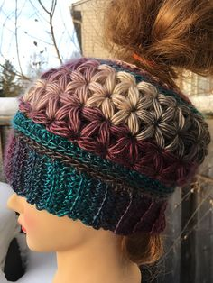 Unforgettable Stars Messy Bun Hat #crochet
