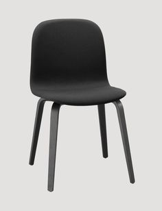 The VISU wood base chair is an ergonomic and functional chair with a timeless and recognizable profile. Designed by Mika Tolvanen. Here in black / steelcut trio 190 #muuto #muutodesign