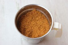 storing korma masala powder in glass jar