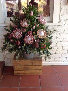 Feature Arrangement of King Protea Banksia and Pink Ice Flor Protea, Protea Flower, Large Flower Arrangements, Artificial Floral Arrangements, Vase Arrangements, Protea Wedding, Diy Wedding Flowers, Wedding Bouquets, Altar Flowers