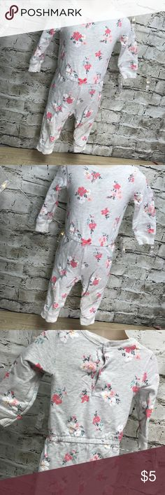 Carter's brand 12 months onesie Overall good pre-owned condition. Please check the pictures of the knees. There's minor stains. The pictures are part of the description. Thank you for looking and I invite you to check out the rest of my closet as well as my boutique. Carter's Pajamas