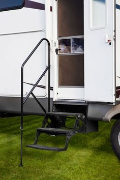 Easily add support for entering and exiting your RV | RV Travel