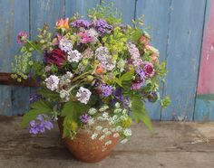 Common Farm Flowers | British cut flowers by post, weddings, workshops, country flowers