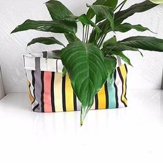 Corbeille de rangement réversible en tissu multicolore rayé, panier tissu table à langer, cache pot fleurs tissu, panière de salle de bain