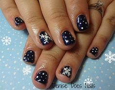 Wintery Blue by dcgroves from Nail Art Gallery