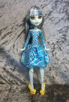 Off shoulder dress  for monster high doll and ever by moonsight68, $12.50