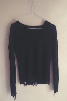 Ripped & disstressed black sweater