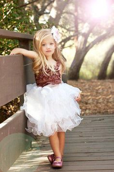 Cute tutu dress! Its a little different for the ones I normally see, I like it.