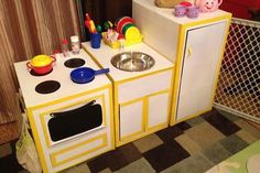 Cardboard Kitchen--Isn't it amazing what you can do with a few empty boxes?