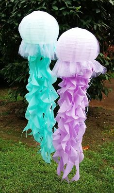 Birthday Decorations Discover Jellyfish lantern with tulle fabric covering and tissue tentacles LIGHT UP OPTION choose from purple aqua coral pink gold and Mermaid Baby Showers, Baby Mermaid, Coral Pink, Pink And Gold, Cool Glow, Mermaid Theme Birthday, Baby Birthday, Mermaid Room, Little Mermaid Parties