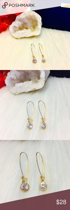"""🔥🆕18k Swarovski Crystal Clear Drop Earrings Brand New 18k Gold Plated Swarovski Crystal Clear As Diamond Fish Hook Earrings. Approx 1 1/2"""" Comes In Packaging And Mesh Bag. Swarovski Jewelry Earrings"""