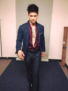 """One of the first fittings for Magnus"" from Harry's Facebook"