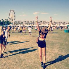 Danielle of We Wore What in all black everything.