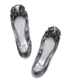 Twinkling embellishments and an ultra-comfortable silhouette make this Tory Burch ballet flat a ready-for-anything go-to.
