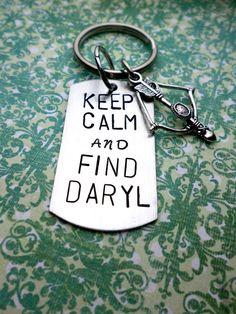 Keep Calm and Find Daryl Keychain Crossbow von HandmadeLoveStories