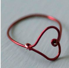 heart finger ring--part of 15 ring tutorials
