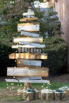 DIY Garden Christmas Decoration